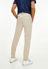Load image into Gallery viewer, Tommy Jeans Scanton Slim Chino Soft Beige