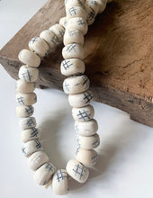 Load image into Gallery viewer, Carved Detail Bone Beads