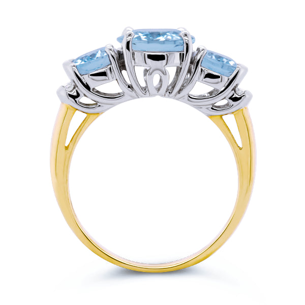9ct Aquamarine & Diamond Ring