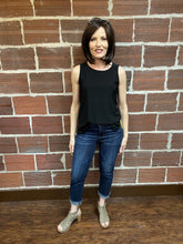 Load image into Gallery viewer, Amy Capri with Cuffed Bottom
