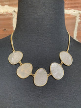 Load image into Gallery viewer, Faux Leather Medallions Necklace Set
