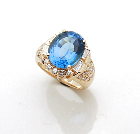 14k Gold Blue Topaz and Diamond Ladies Ring
