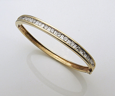 Estate 14k Gold and 1.79 tcw Diamond Bangle Bracelet