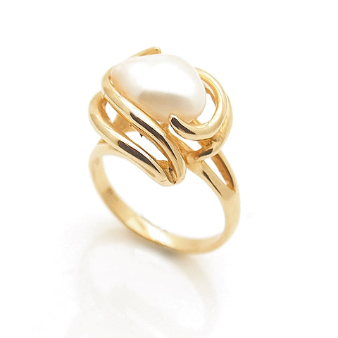14k Gold Baroque Pearl Ring