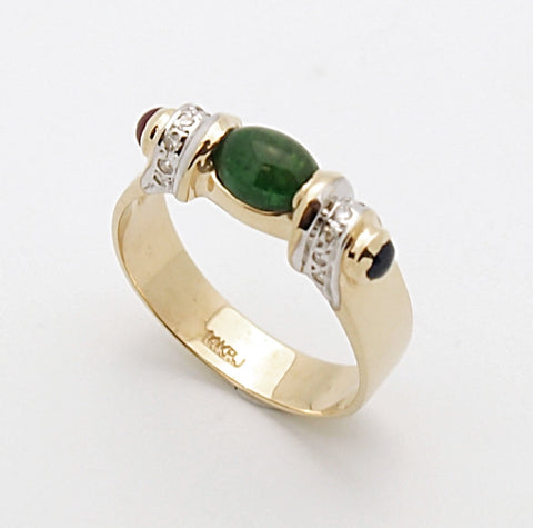 14k Emerald Cabochon Ladies Ring