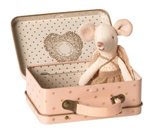 Load image into Gallery viewer, Maileg Guardian Angel Mouse In Suitcase