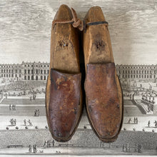 Load image into Gallery viewer, antique Pair of Wooden Shoe Forms
