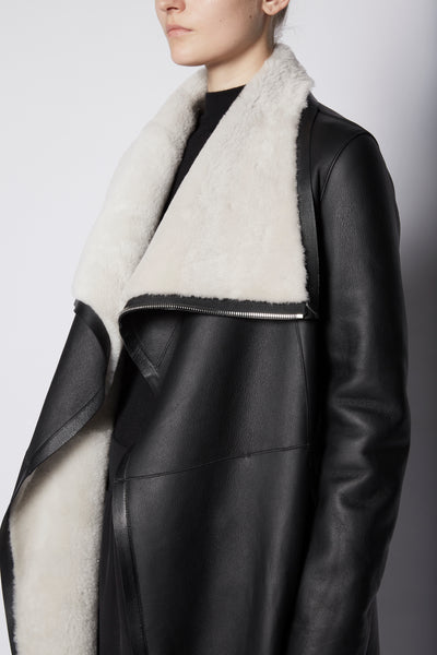 Anne Vest Long Zip Coat with Straight Shearling