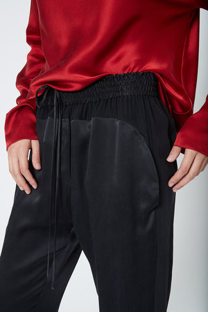 KES Silk Wave Sweat Pants FW19 - Black