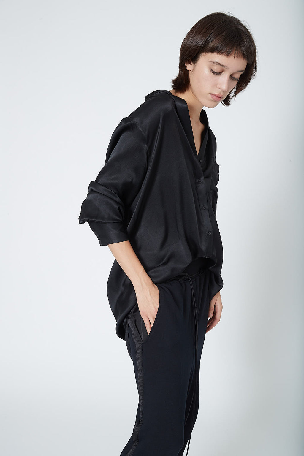 KES Elongated Pleated Back Button-Up -  Black