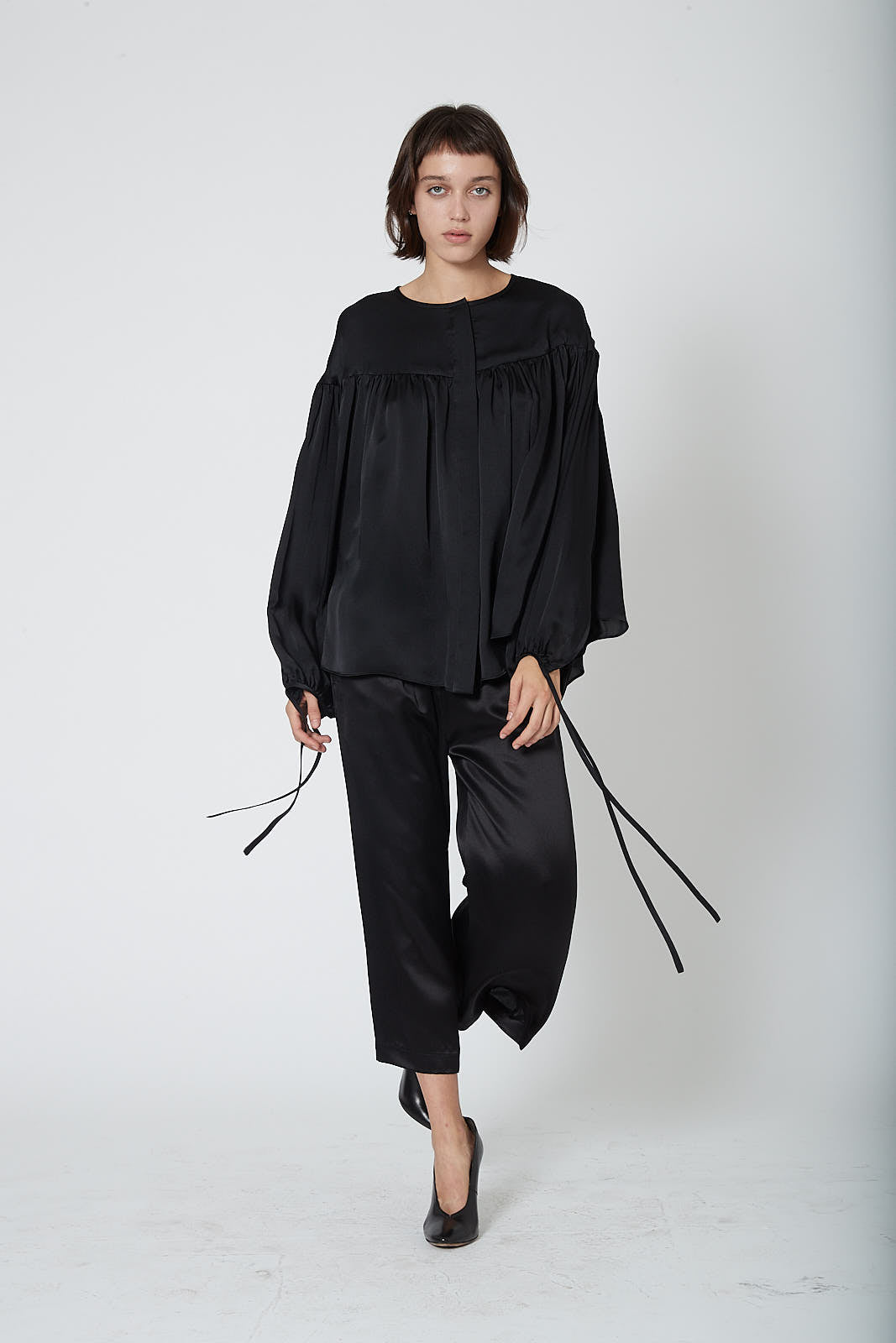 KES Ruched Peasant Blouse FW19 - Black