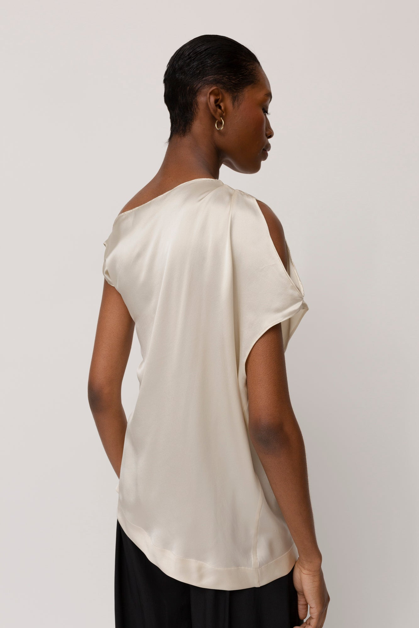 KES Sleeveless Zora Asymmetric Top- Cloud