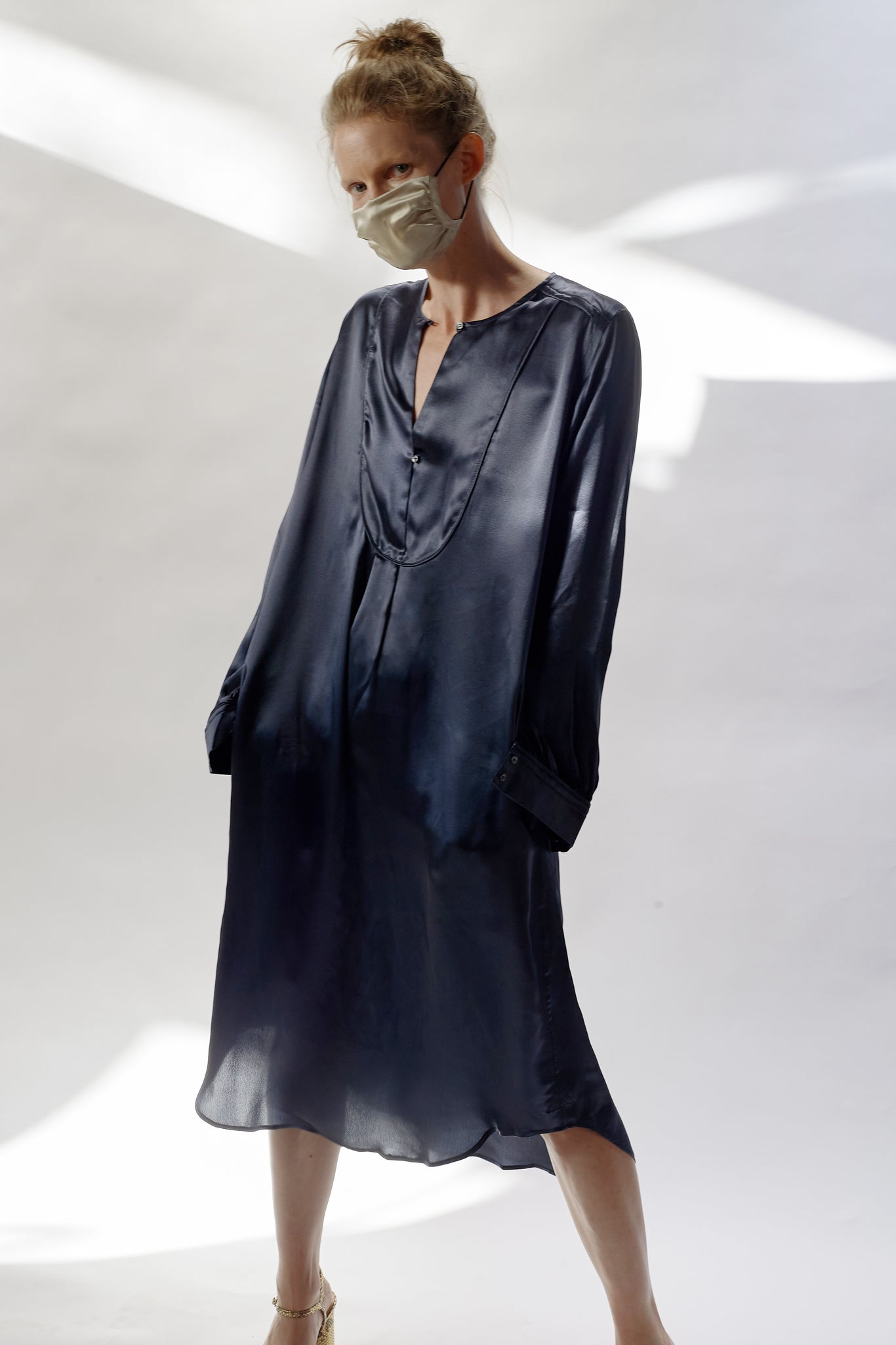 KES Modern Bib Dress - Full Moon