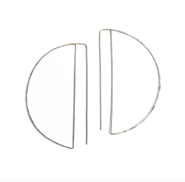 Lila Rice Small Silver Deco Hoops