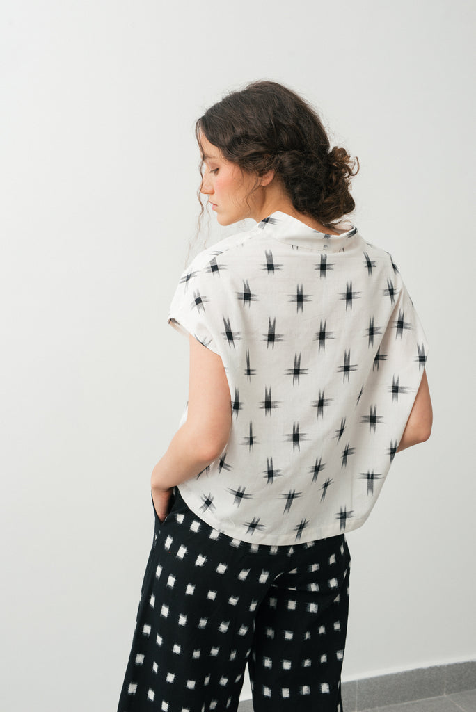 Paros shirt- white & black