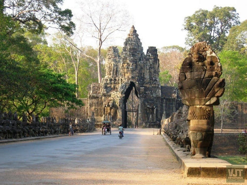Angkor Wat & Tonle Sap Jeep Tours Cambodia Jeep