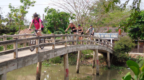 CYCLING MEKONG DELTA: Ben Tre- Can Tho – Vinh Long Jeep Tours VJT Adventures