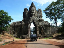 Load image into Gallery viewer, Day Tour Angkor Small Circuit Jeep Tours Cambodia Jeep