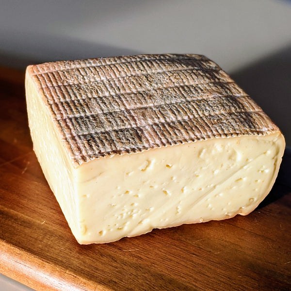 St James - Washed Rind Sheeps Cheese