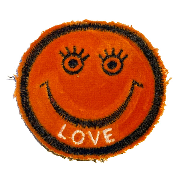 LOVE Smiley Patch - A LOVE MOVEMENT