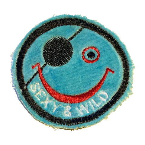 SEXY & WILD Smiley Patch - A LOVE MOVEMENT