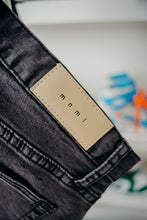 Load image into Gallery viewer, MNML Zip Denim Sz 31