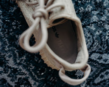 Load image into Gallery viewer, adidas Yeezy Boost 350 Oxford Tan Sz 6.5