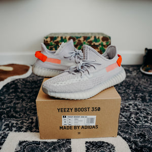 adidas Yeezy Boost 350 V2 Tail Light Sz 11.5