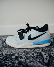 Load image into Gallery viewer, Air Jordan Legacy 312 Low Sz 9