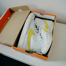 Load image into Gallery viewer, Nike Blazer Mid 77 Vintage Optic Yellow Sz 5/ Women's 6.5