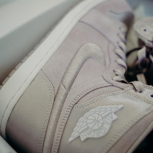 Jordan 1 Season of Her Barley Grape (W) 12 MENS 10.5