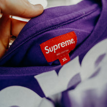 Load image into Gallery viewer, Supreme Bleed Logo S/S Top Purple Sz XL