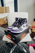 Load image into Gallery viewer, Jordan 1 Court Purple Sz 10.5
