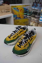 Load image into Gallery viewer, Nike Sacai Vaporwaffle Sz 10 No Box