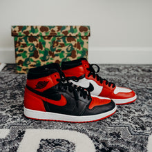 Load image into Gallery viewer, Jordan 1 Homage To Home Sz 10 NUMBERED (NO BOX)
