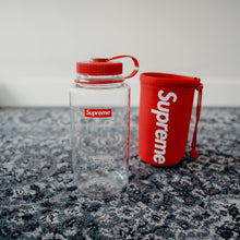 Load image into Gallery viewer, Supreme Nalgene 32 oz. Bottle Red - SS20