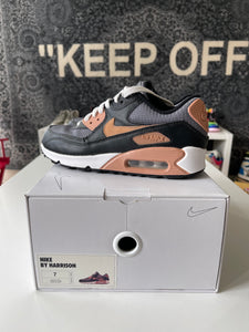 Nike Air Max 90 NIKEID Custom Sz 7 Womens