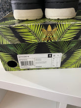 "Load image into Gallery viewer, adidas Metro Attitude Big Sean ""Hawaii"" Sz 7.5"
