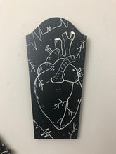 Load image into Gallery viewer, Anatomical Heart Headstone