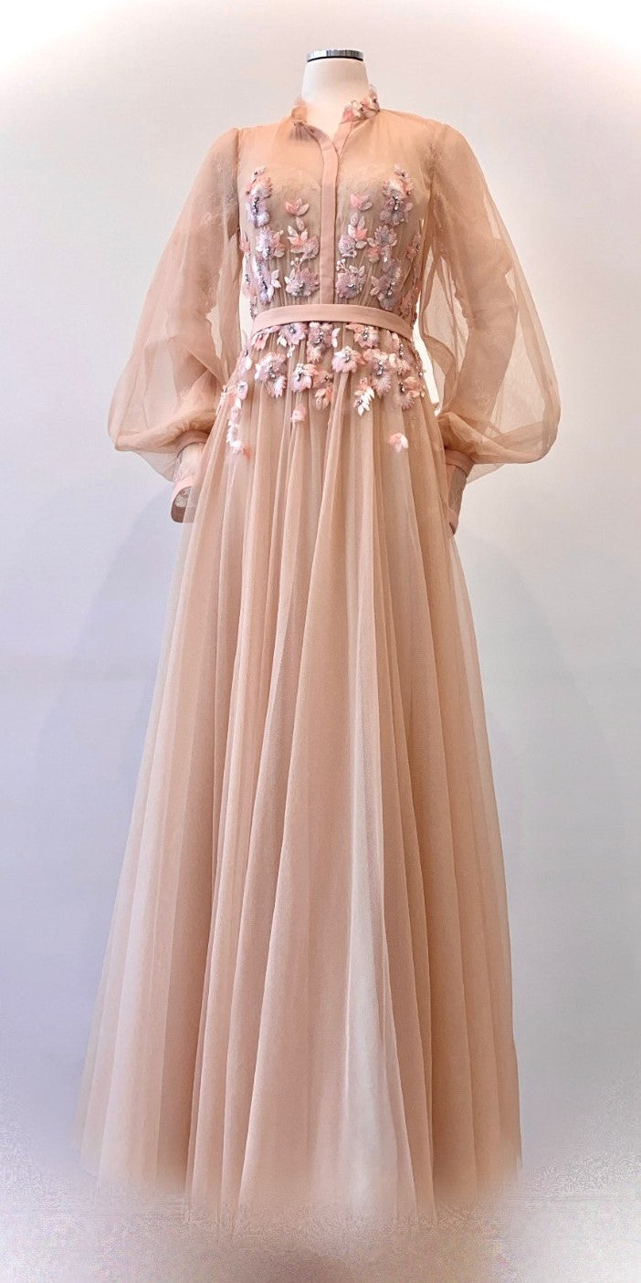 Badgley Mischka - Dreamy Tulle and Flower Embellished Evening Gown
