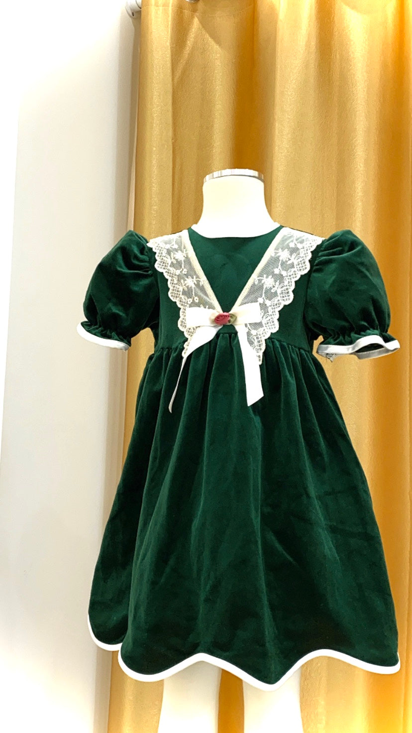 Girls - Vintage - Velvet Dress with Lace Trim and Scalloped Hem - Size 4-5