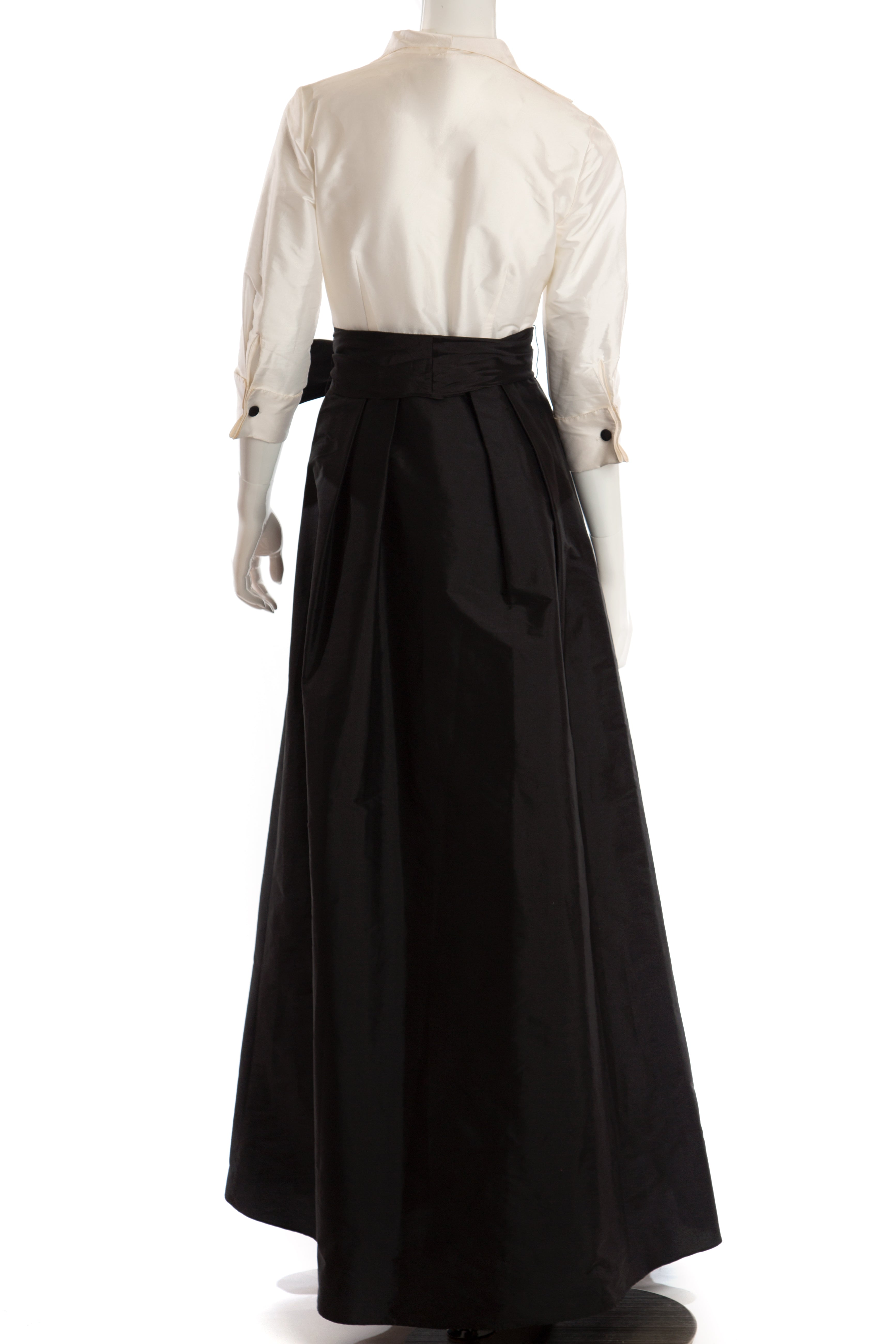 Adrianna Papell - Taffeta Ivory and Black Evening Gown