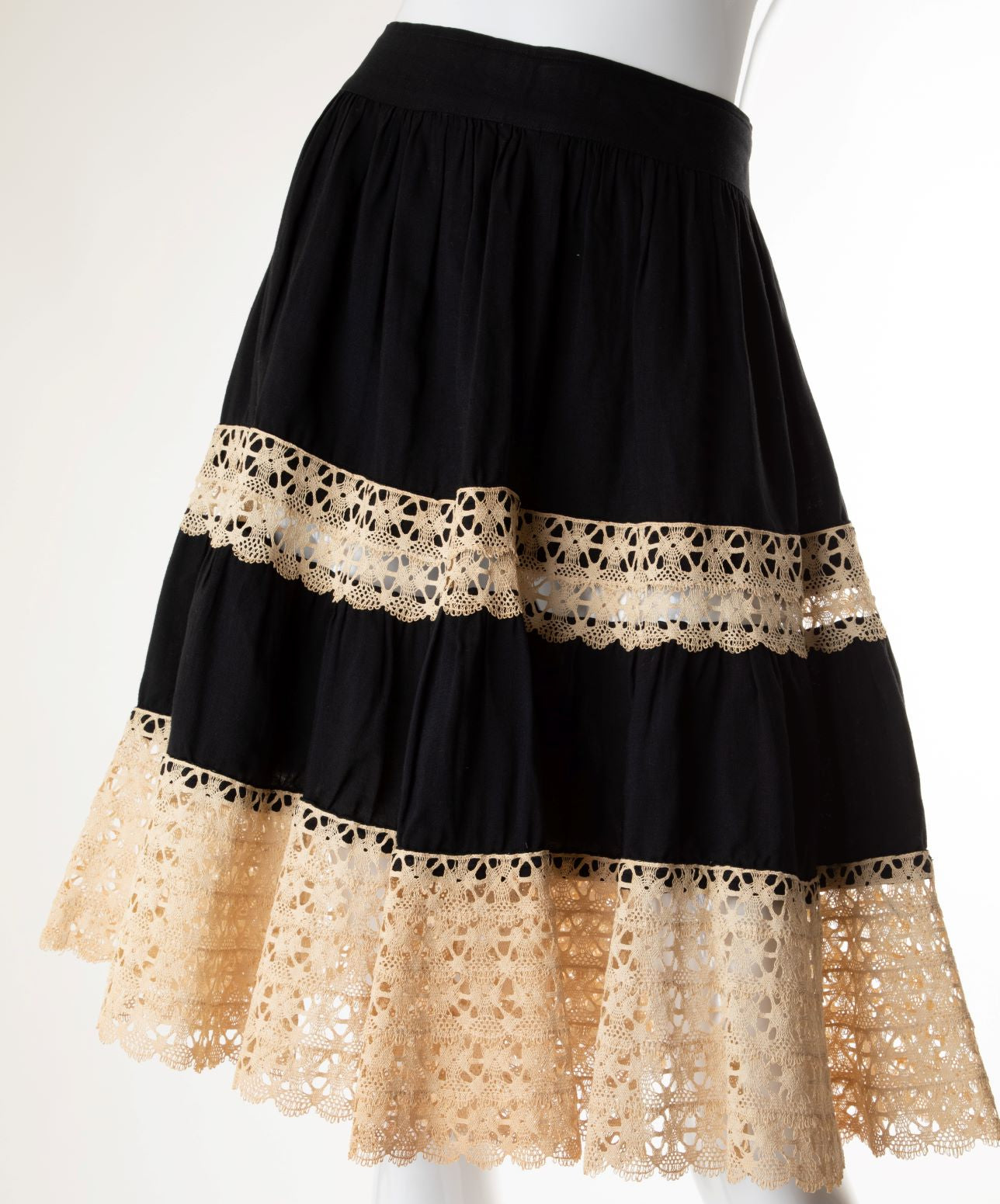 Vintage - Crochet Lace Tiered Skirt