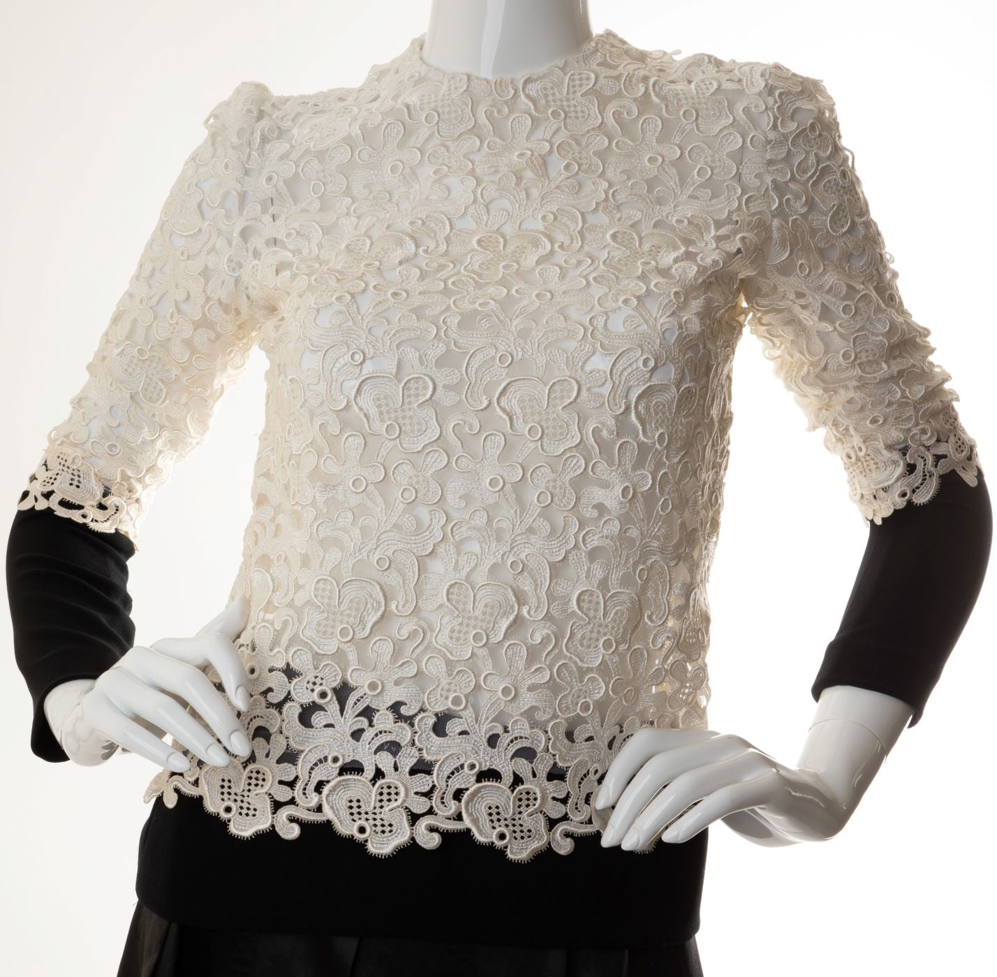 Emanuel Ungaro - Guipure Lace Top with Contrast Cuffs and Hemline