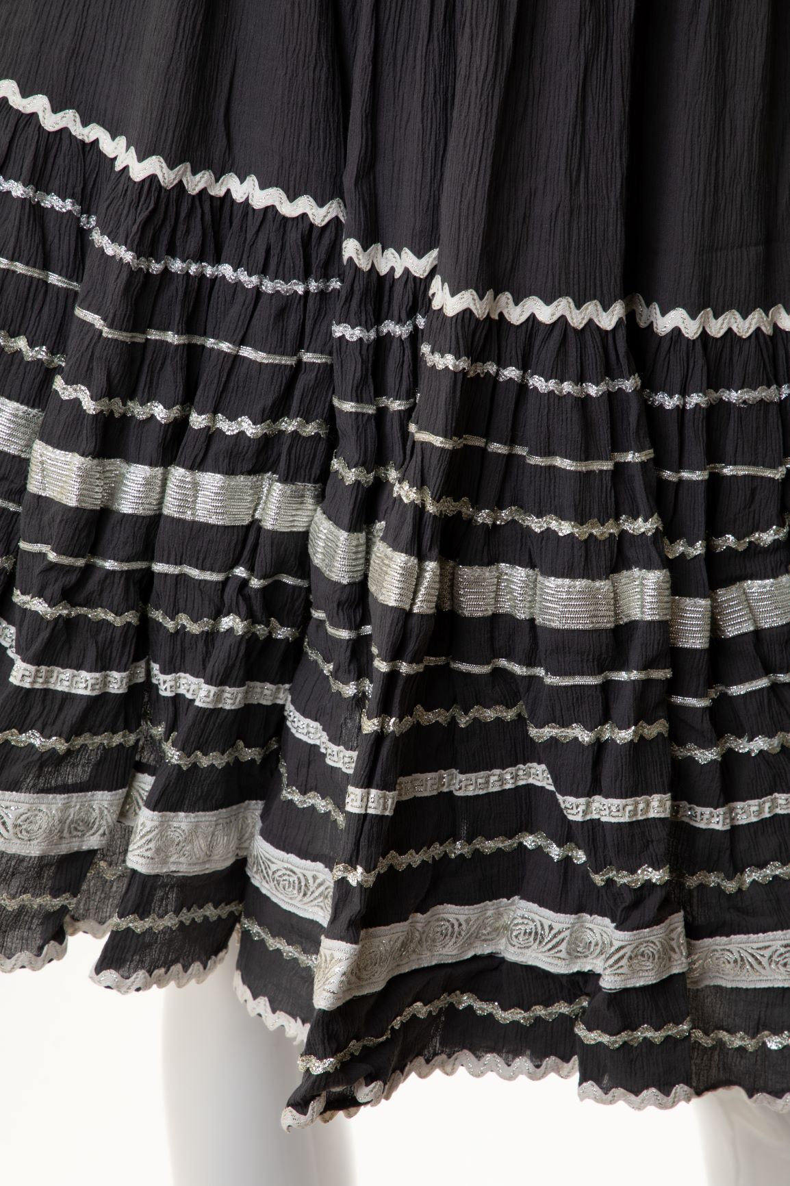 Vintage - Crinkle Tiered Skirt with Ribbon Trim