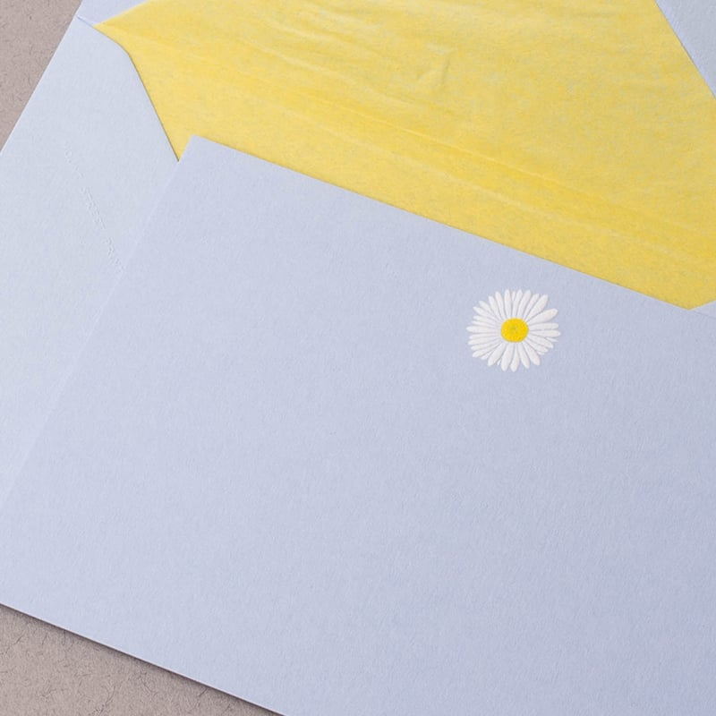 Daisy on Blue Single Correspondence Cards
