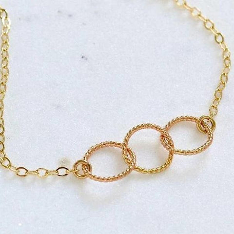 Trio Necklace - handmade interlocking three circle necklace in 14k gold - Foamy Wader