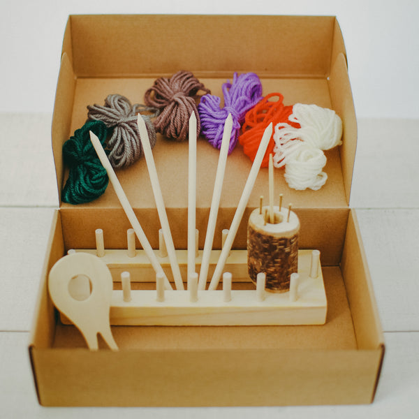 Frame knitting creative kit.