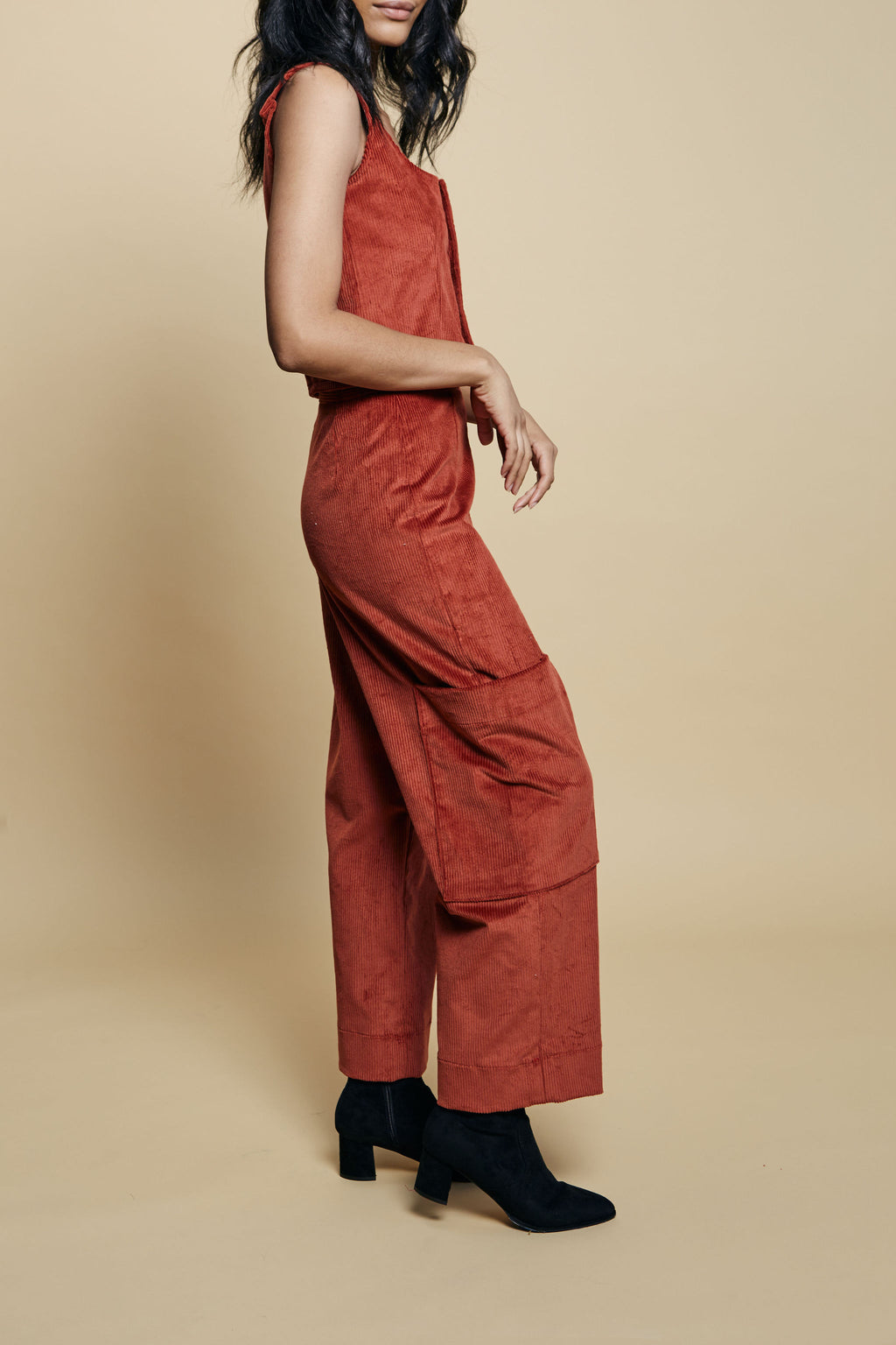 Riley Pant in Red