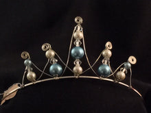 Load image into Gallery viewer, Mini Empress Tiara